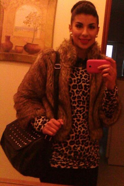 Primark bag - Stradivarius jacket - Bershka blouse - Bershka jumper