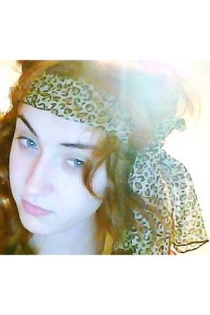leopard print Primark scarf