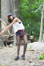 Free-people-shorts-jeffrey-campbell-sandals