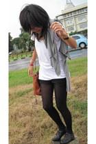 H&M t-shirt - H&M shorts - DIM tights - Jonak shoes