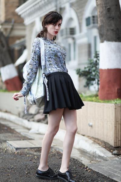 black Let them stare skirt - light blue Forever 21 bag
