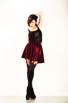 brick red wwwletthemstarecom skirt - black wwwletthemstarecom top