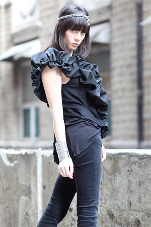 black wwwletthemstarecom top - black Mango boots - black Zara jeans