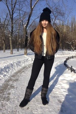 white Stradivarius sweater - black Stradivarius jacket - black Zara leggings