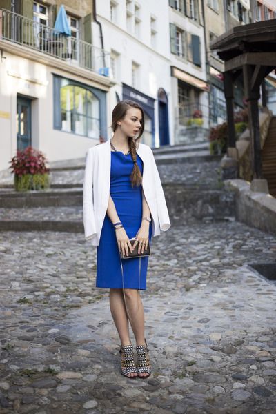 blue Zara dress - white SANDRO blazer - black Zara bag - black Zara heels