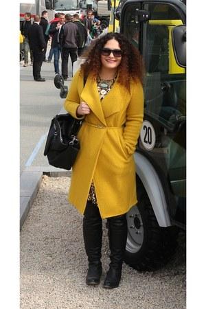 black Hallhuber boots - mustard Zara coat