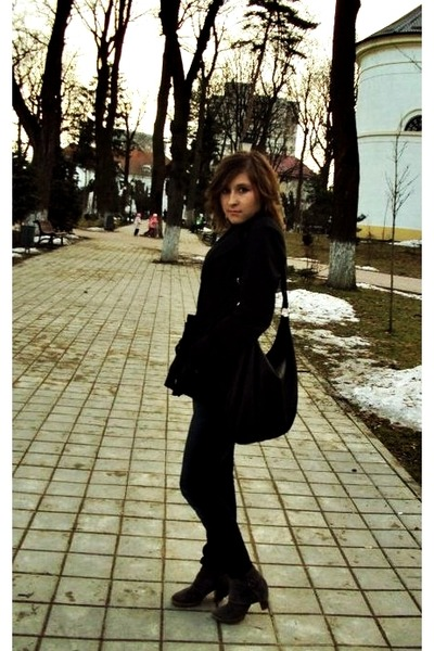 jacket - jeans - bag - heels