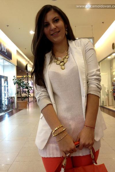 white Bershka blazer