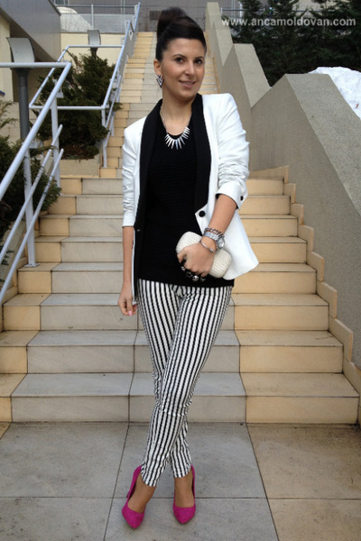 black Stradivarius pants - white Zara blazer - black Only blouse