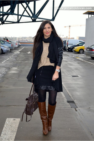 black Zara blazer - dark brown Stradivarius boots - dark brown Guess bag