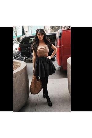 black Kim Kardashian shirt