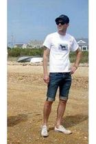 nike hat - Ray Ban sunglasses - Block Island t-shirt - Levis jeans - Converse sh