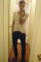 Shades of Greige t-shirt - H&M pants - Havianas shoes