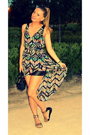 Bershka dress - black Guess bag - black Primark belt - black Pimkie sandals