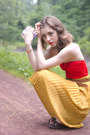 Mustard-skirt-red-swimwear