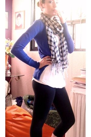 blue H&M sweater - H&M scarf - white united colors of benetton shirt - black leg