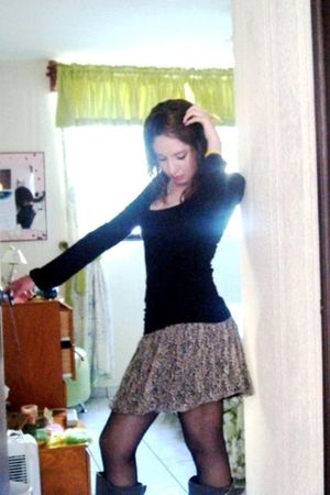 beige Zara skirt - black flea market tights - gray pull&bear boots - black Zara