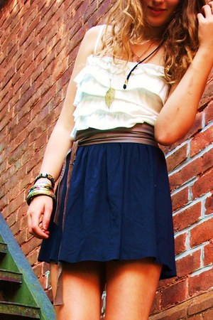 navy Zara skirt - cream Ann Christine top - gray H&M belt - dark gray Amisu shoe