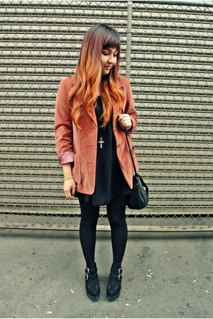 Forever 21 shoes - American Apparel dress - thrifted blazer
