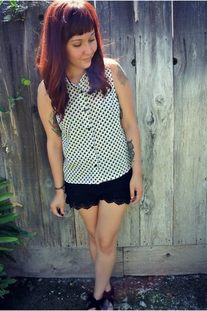 Wet Seal shorts - Forever 21 top