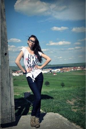 Bershka blouse - Stradivarius heels
