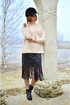 light pink Zara sweater - black fringed PERSUNMALL skirt