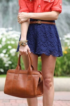 red H&M Trend shirt - navy Pimkie skirt