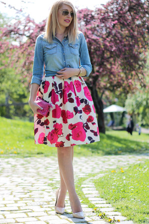 sky blue denim H&M shirt - hot pink c&a bag - midi floral CNdirect skirt