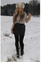 fur vintage accessories - asos accessories - black Evie boots - Topshop bracelet