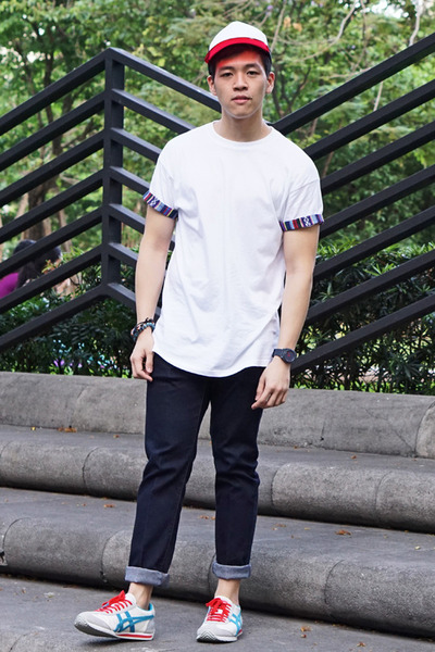 white Topman t-shirt - navy skinny jeans Uniqlo jeans - red bench hat