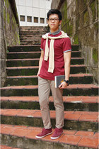 maroon Fred Perry boots - maroon cotton on shirt - tan Mango cardigan