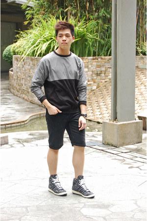 black Topman shorts - heather gray Zara sweatshirt - white Adidas sneakers