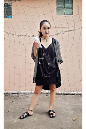 black tribal backpack Made In Vietnam bag - dark brown cross Forever 21 dress