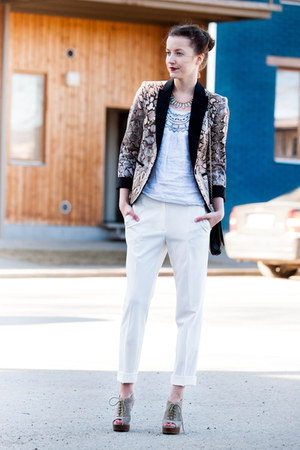 white Mango pants - light brown Zara blazer - black bag - camel Mango heels