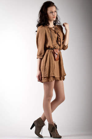brown Zara dress - light brown reserved boots - brown Bershka bag