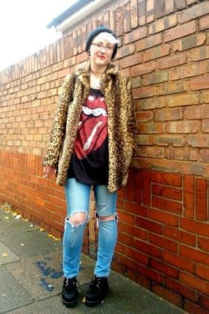 light brown new look coat - black Ebay shoes - light blue new look jeans