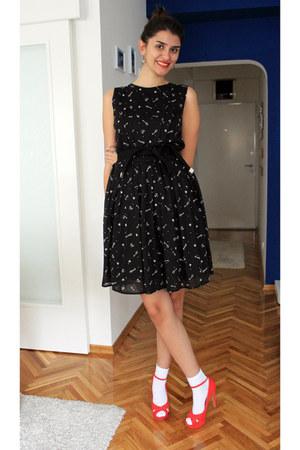 Mango dress - Bershka heels