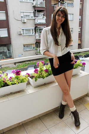 dark brown Zara boots - ivory vintage shirt - ivory Zara socks