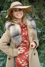 Tawny-h-m-dress-beige-max-mara-coat-beige-accessorize-hat