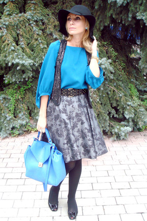 charcoal gray Naf-Naf skirt - ivory Zara coat - black H&M hat - blue Zara bag