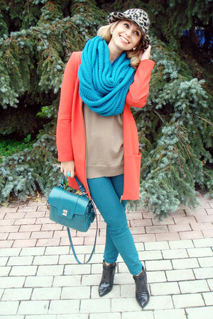 turquoise blue Zara bag - carrot orange Zara coat - turquoise blue Zara jeans