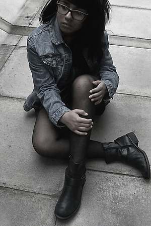 GLOOMY JEAN JACKETS AND BRUDY BOOTS!