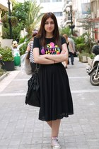 black Zara bag - magenta To Write Love On Her Arms shirt - black Zara skirt