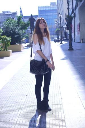 black pu Pesunmall bag - navy pull&bear jeans