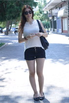beige shirt - black Zara bag - black pull&bear shorts - black Clarks flats