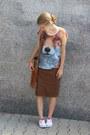Random-skirt-zara-t-shirt