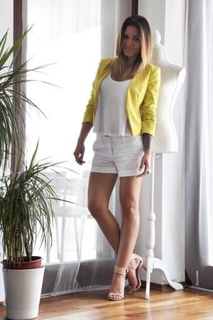 yellow H&M blazer - white Mango shorts - white H&M top - beige Zara heels