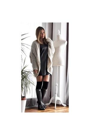 black faux leather Stradivarius dress - gray Guess boots - black H&M socks