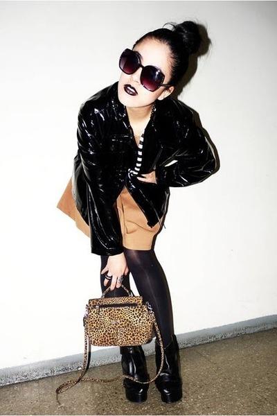 black coat - camel Zara dress - brown vintage bag - black wedges
