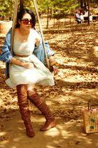 brown boots - brown belt - blue - green dress